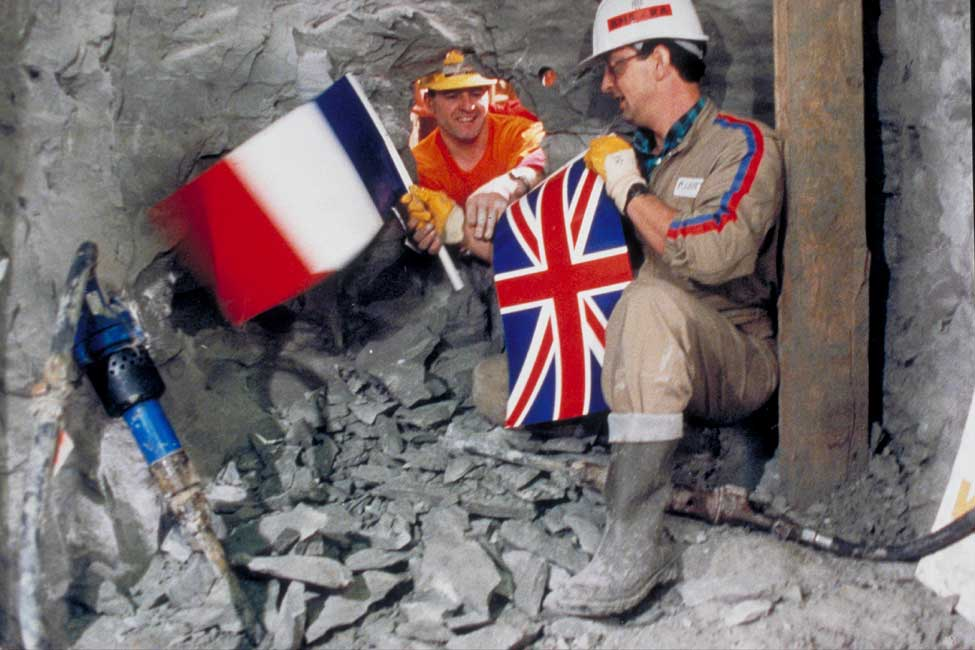 Workers breakthrough to connect the French and English sides