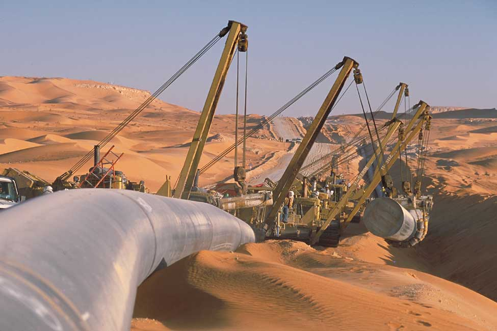 The project required Bechtel to build 330 miles (some 530 kilometers) of pipeline