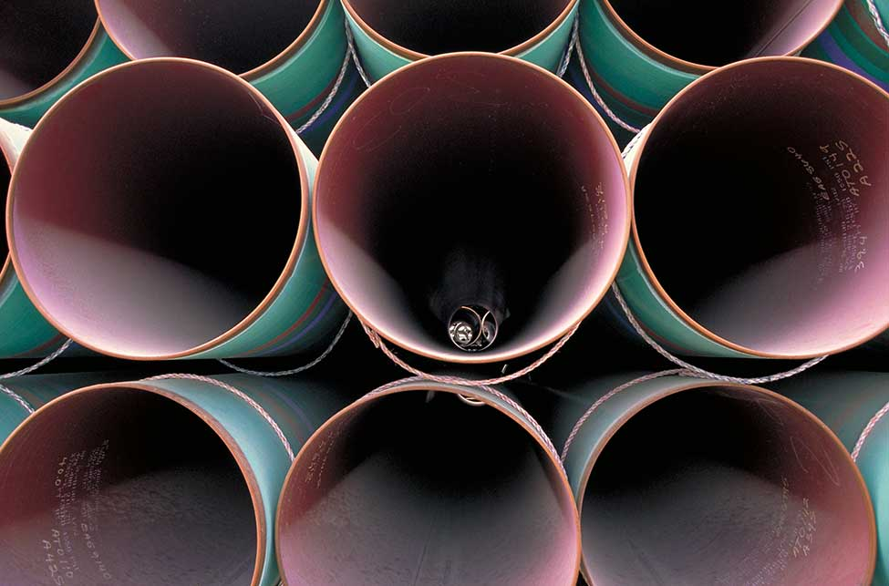The pipe order weighed a combined 400,000 tons, the biggest since Soviet natural gas pipeline construction in the early 1980s