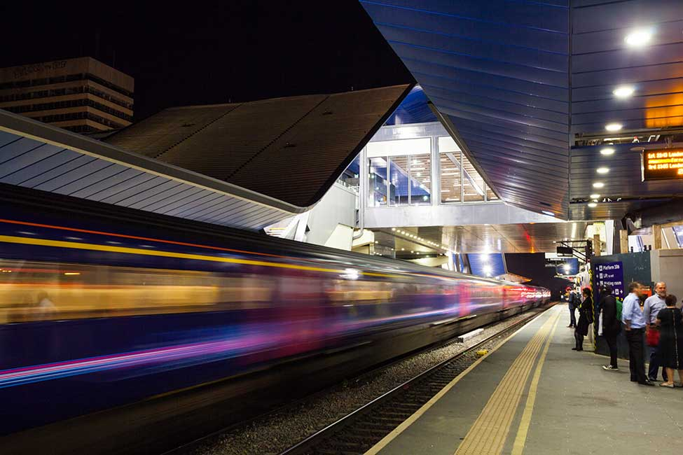 A train passes through Reading Station