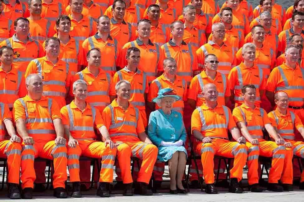The new station was formally opened on July 17th, 2014 by Her Majesty Queen Elizabeth II