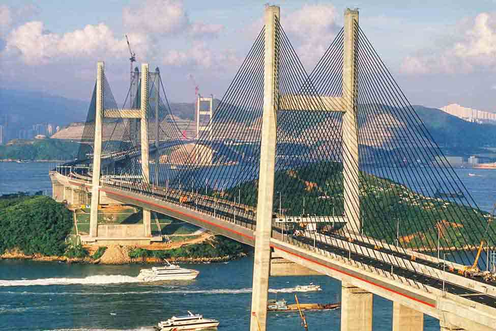 The new transportation corridor from Hong Kong Island to the airport included two tunnels, two bridges and a six-lane expressway