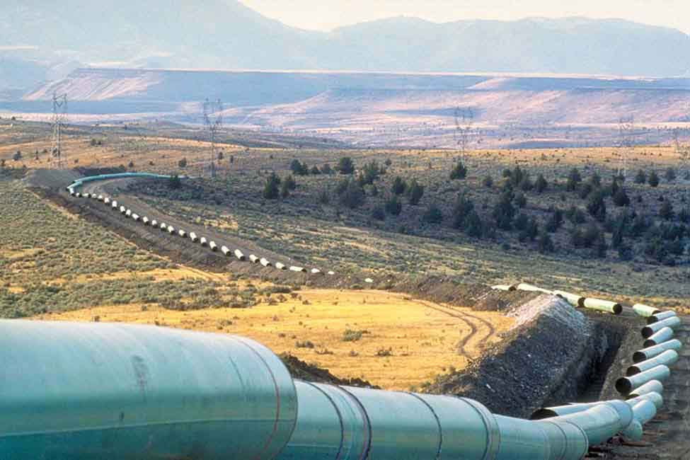 The pipeline's route crossed 40 sets of railroad tracks and 1,012 state, county and local roads