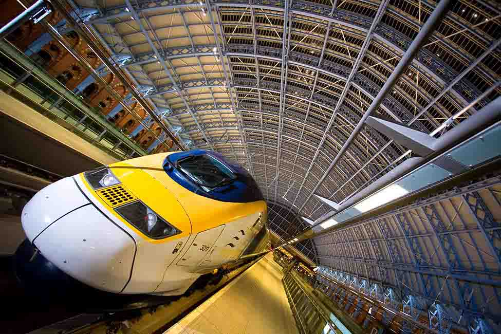 HS1 enabled Eurostar trains to travel at up to 186 miles (300 kilometers) per hour