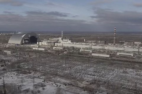 They've Got It Covered: Enormous Arch Moved Into Place Over Damaged Chernobyl Reactor